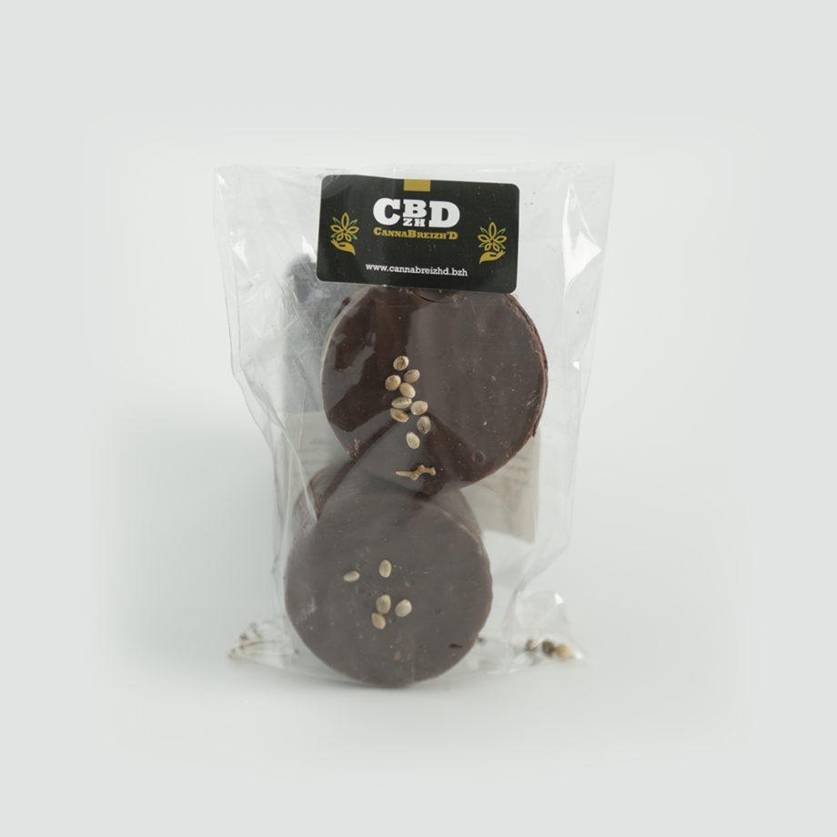 1080x1080_Rocher_chocolat_cannabreizhd_chanvre_noir_noir